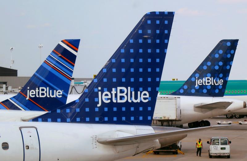 JetBlue pilots reject tentative agreement for American Airlines partnership